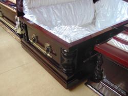 Гроб 6