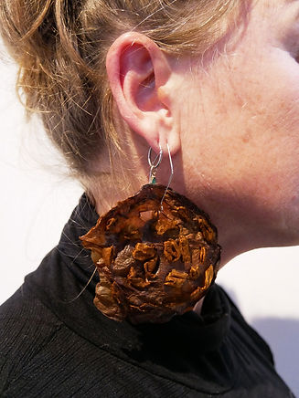 silk n boosh earing.jpg