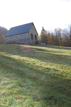 Une grange, un terrain!