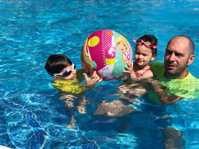 Which props can a baby use in baby swimming?