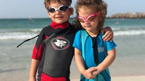 Mama, plivam i smrzavam se: Koliko dete treba da bude u vodi?