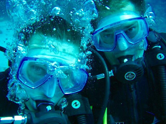 Diving: Underwater honeymoon