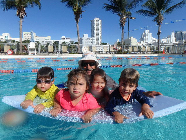 Children need to discover swimming! Professor Robert A. Strauss M. Ed