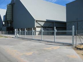 18m Wide Sliding Gate