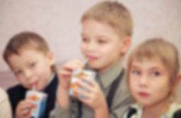 Александр Александрович Волков, Первый Президент Удмуртии, программа «Школьное молоко»