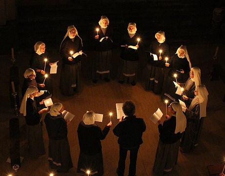 El coro de las Hermanas de Maria Stella Matutina