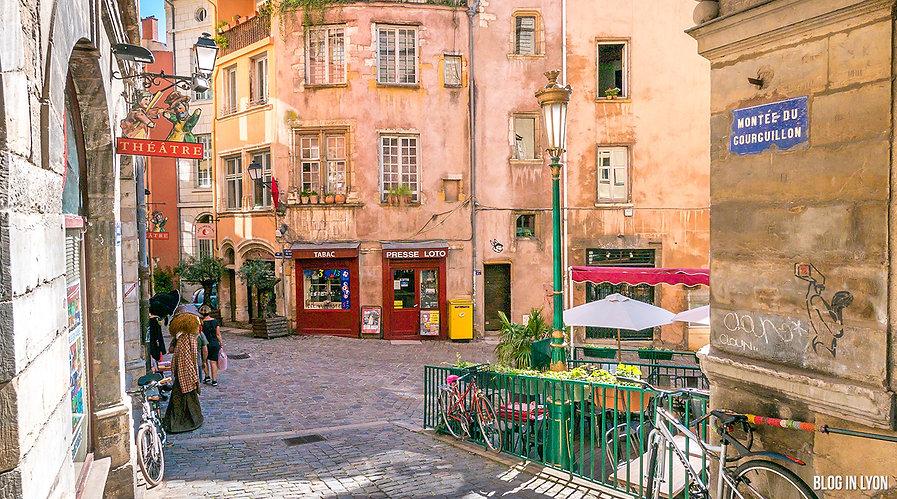 photo-lyon-place-trinite-montee-gourguil