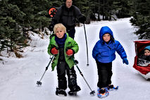 kids-snowshoeing.jpg