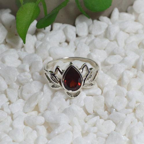 Garnet Ring 1282