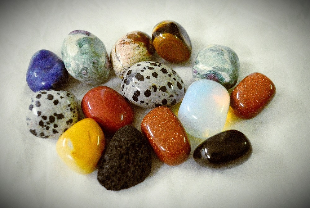 Why are gemstones tumbled?