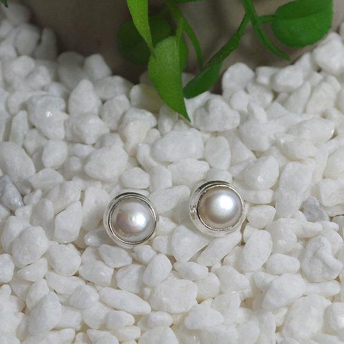 Pearl Stud Earrings 1301