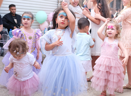 5 reasons to hire a party entertainer