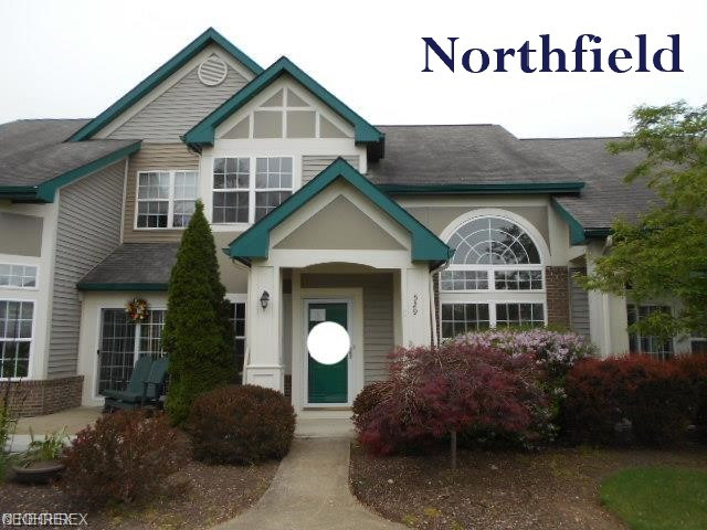 529 Azalea Ct., Northfield.jpg