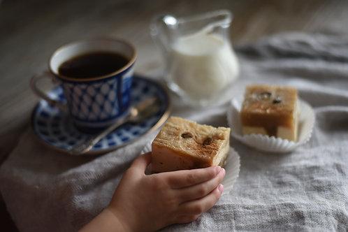 """Vanilla Coffee with Milk and Cinnamon"" Soap-Cake"