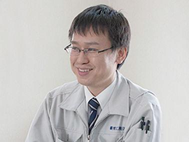 staff_tsuruya_r.jpg