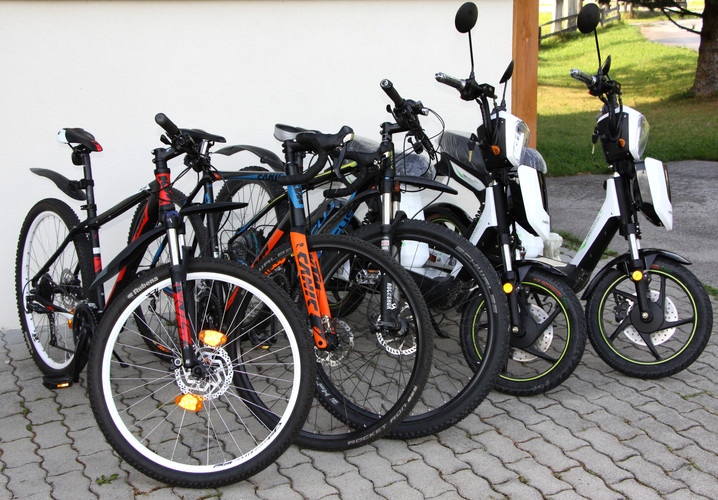 bikes_02.JPG