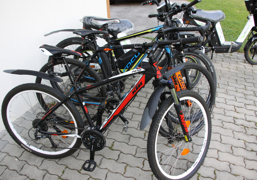 bikes_03.JPG