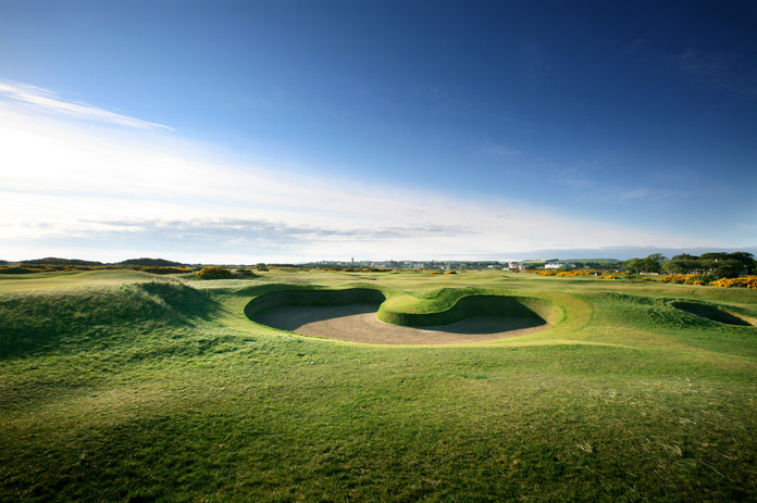 03-Old-Course-14th-Hell-Bunker.jpg