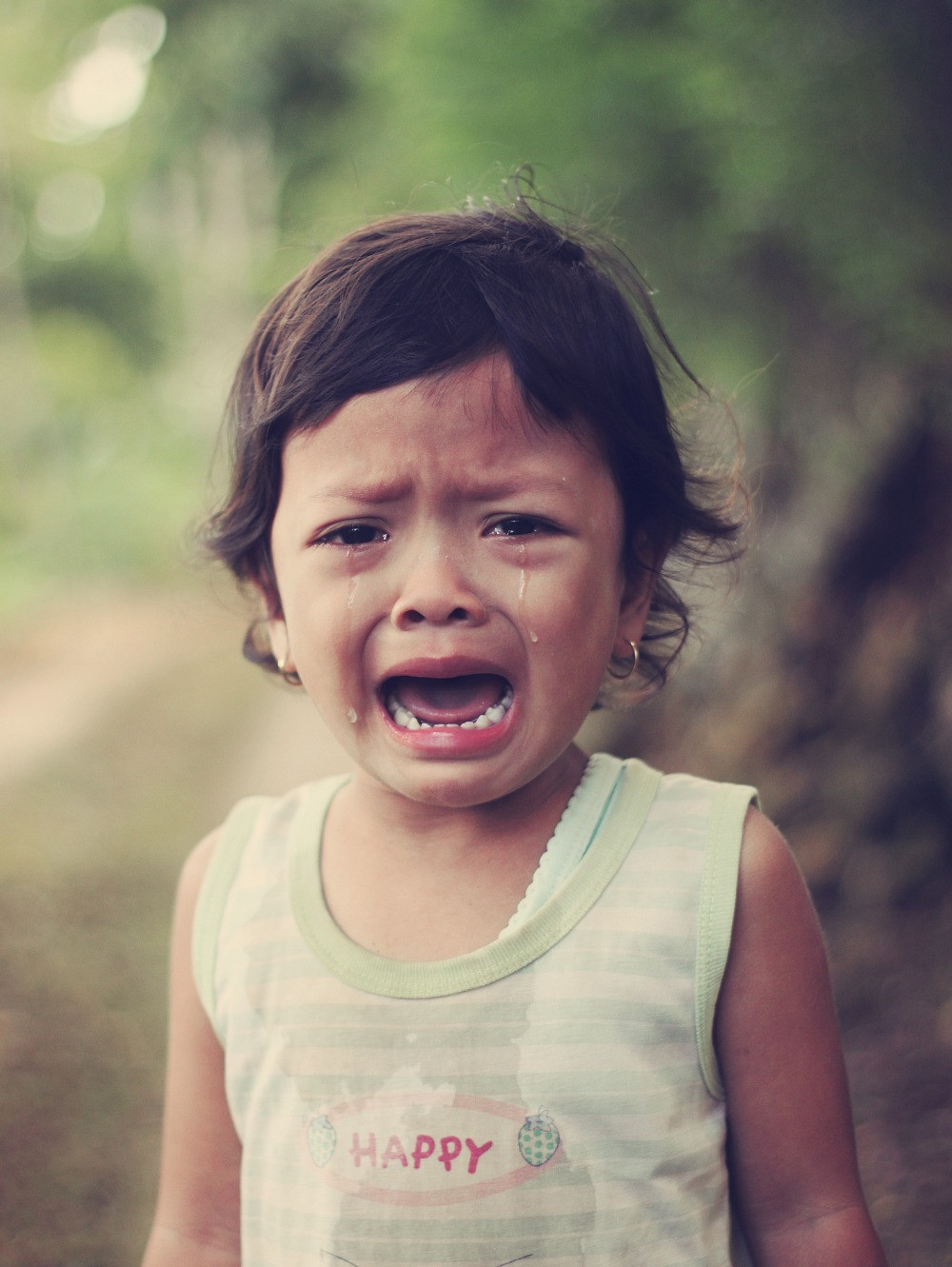 Arwan Sutanto, Unsplash, image of crying girl