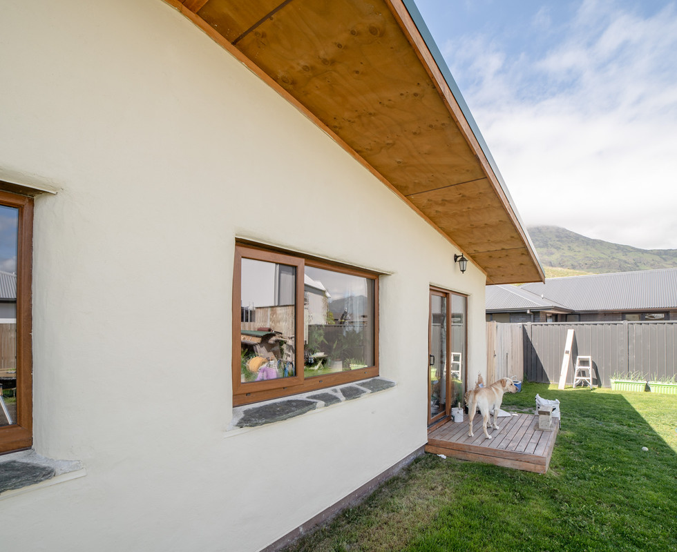 Straw Bale Sustainable House Project in Queenstown, Otago