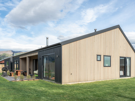 residential House with Workshop in Lake Hawea, Otago