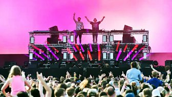 The Chainsmokers @ R1 Big Weekend