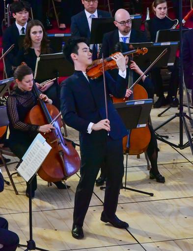 Violinist Richard Lin