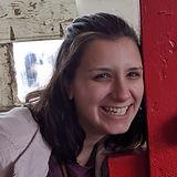 OliviaMett_LOBioPic_edited.jpg