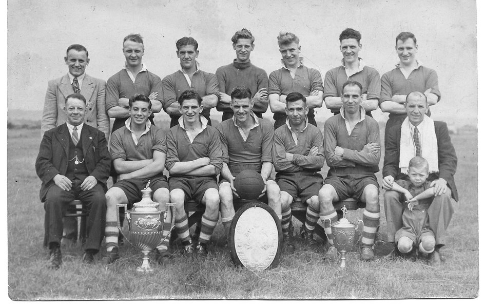 Parkgate Wel 1947-48 with Mont & RCC run up + other(1).jpg