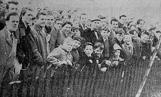 1958 spectators.jpg