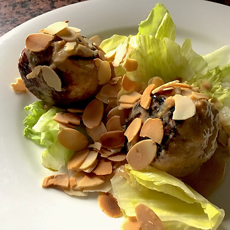 Chick Balls with salad and toasted almonds