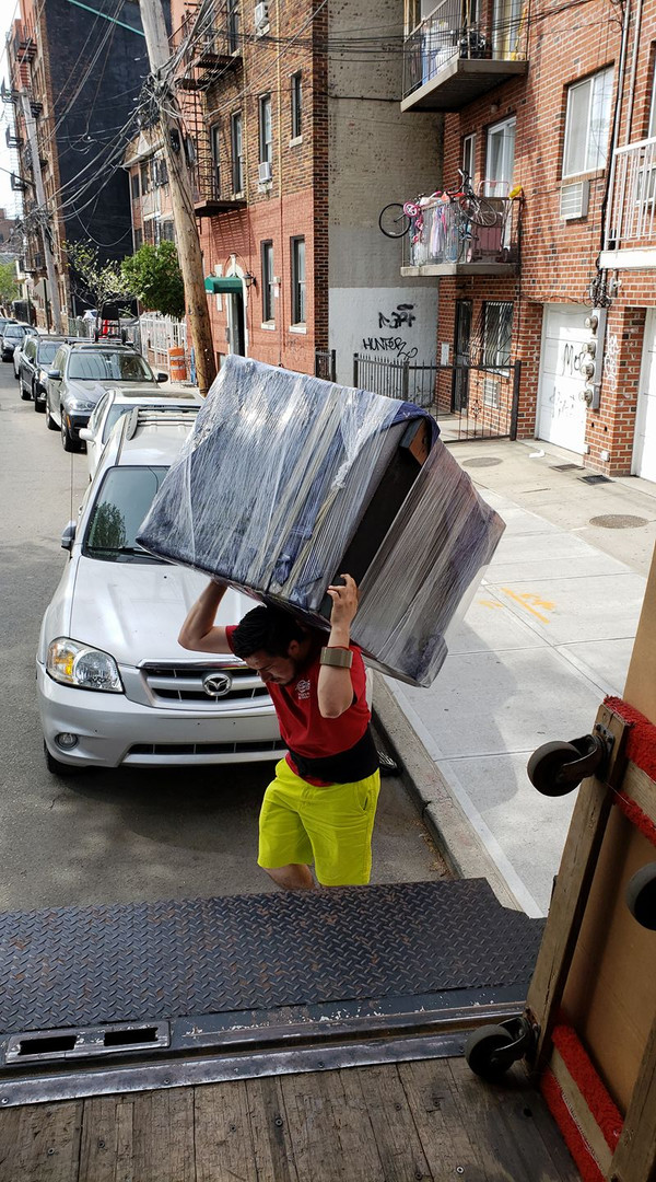We move the big items with ease!