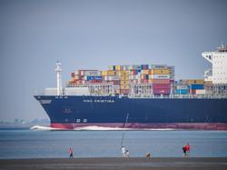 container ship Elbe