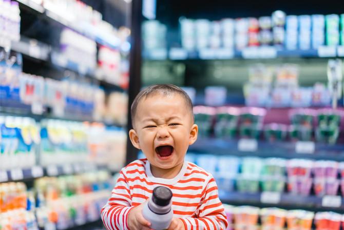 Barnet i affären symboliserar ångesten vi måste lära om