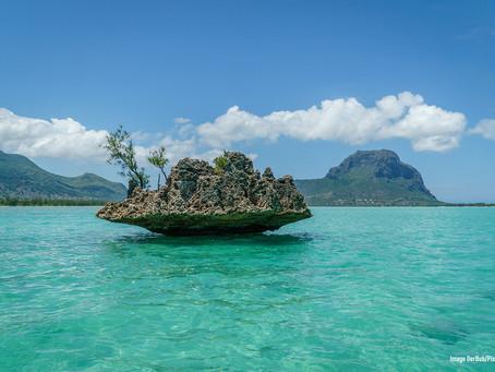 L'île Maurice a rouvert ses frontières aux touristes vaccinés le 1er octobre.