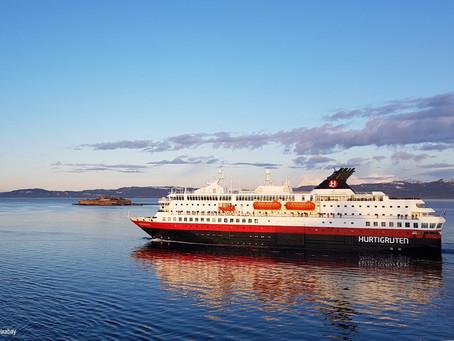 Hurtigruten ne reprendra pas ses croisières avant 2021