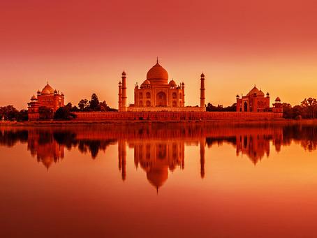 Le Taj Mahal rouvre aux visiteurs