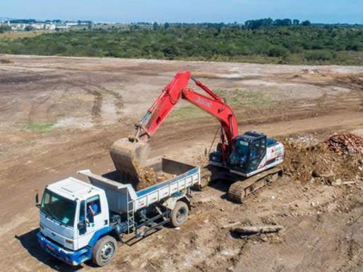 Link-Belt lança escavadeira 130X3E no Brasil