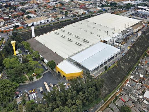 CNH Industrial retoma produção na fábrica de Contagem (MG)
