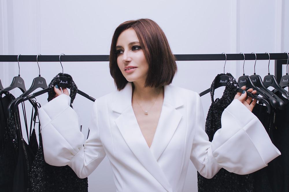 Анастасия Зверева в бутике Monet