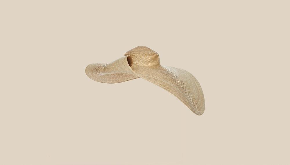 шляпа Jacquemus