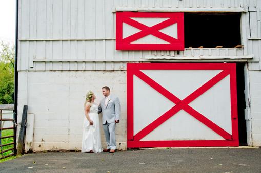 "<img src=""barnwedding.jpeg"" alt=""barn wedding photos, bride and groom, wedding portraits, summer wedding, light grey wedding suit "">"
