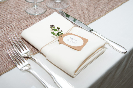 "<img src=""rusticplacesetting.jpeg"" alt=""rustic wedding, spring wedding, white wedding napkin, burlap wedding runner, wedding place cards"">"