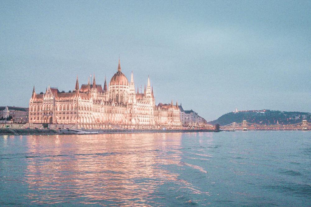 hungarian-parliament-building-budapest