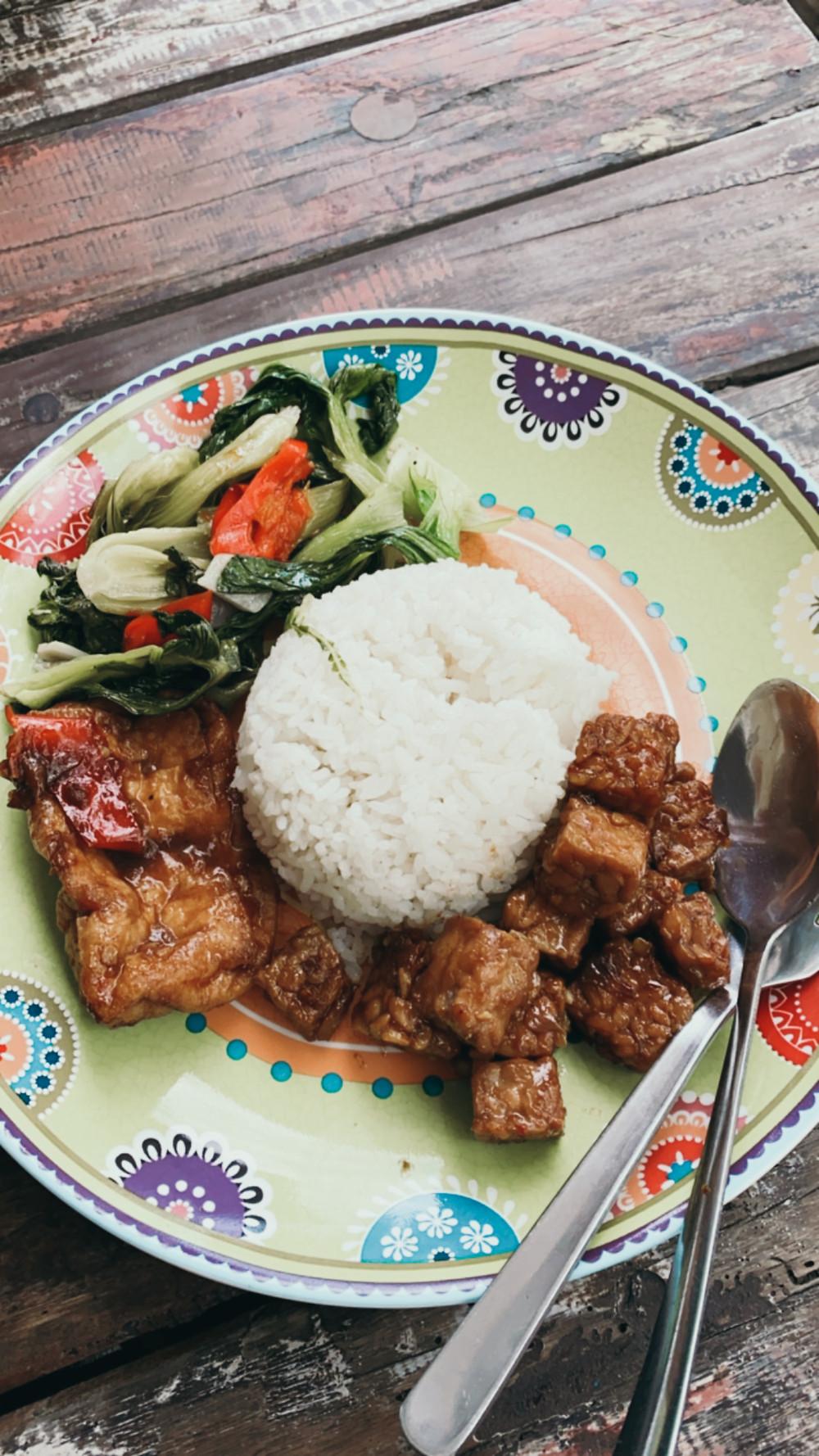 Indonesian warung Varuna food rice tempeh