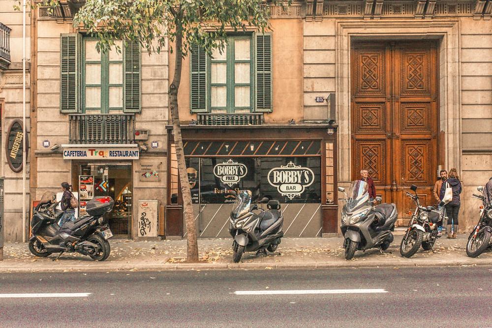 bobbys-free-secret-bar-barcelona