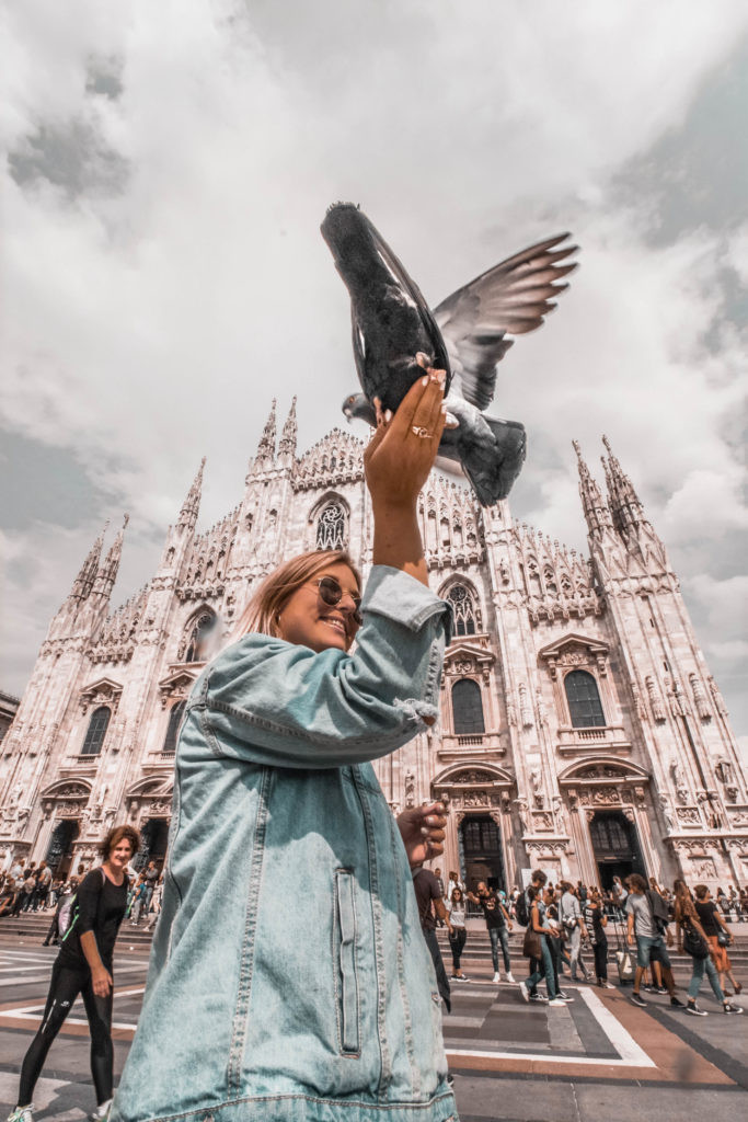 milano-outfits-denim-jacket-duomo