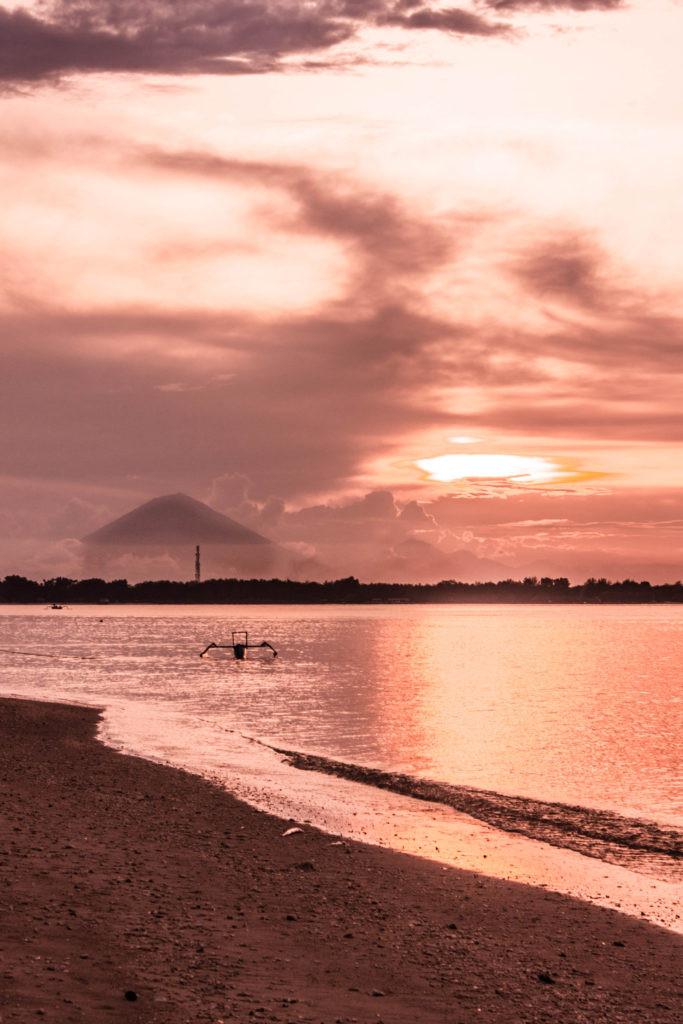 sunset-gili-air-grand-sunset-resort
