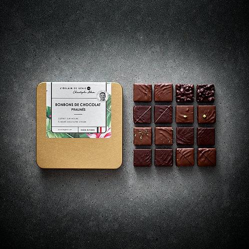 16 Bonbons de chocolat Pralinés et son pochon gratos