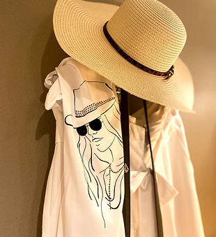 Alisson_Hut_Shirt_Jupe_Monati_Gaudi_eg_e